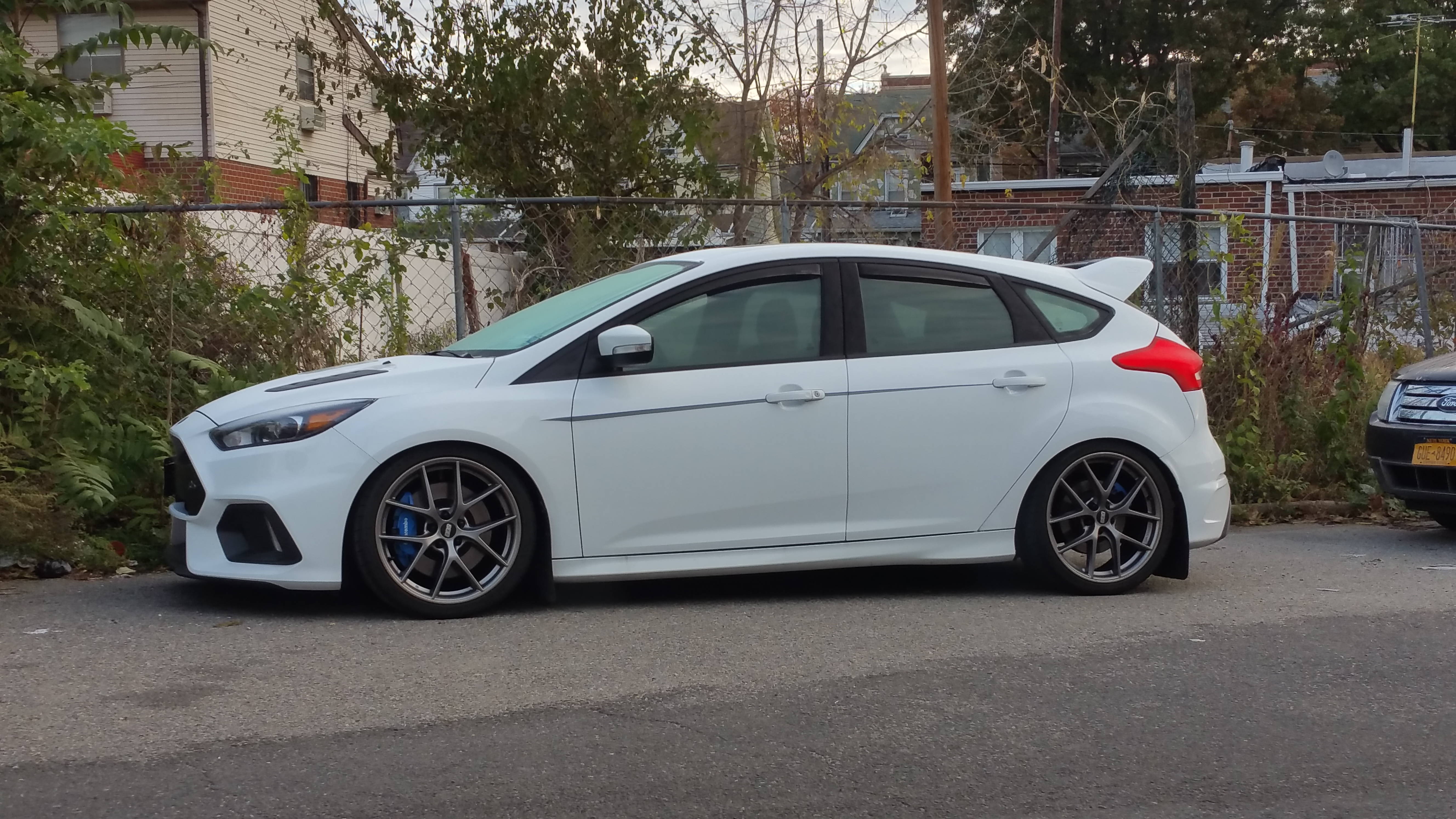 Focus St Wheels >> Post Pics of your Ford Focus RS wheel setup! - Page 6