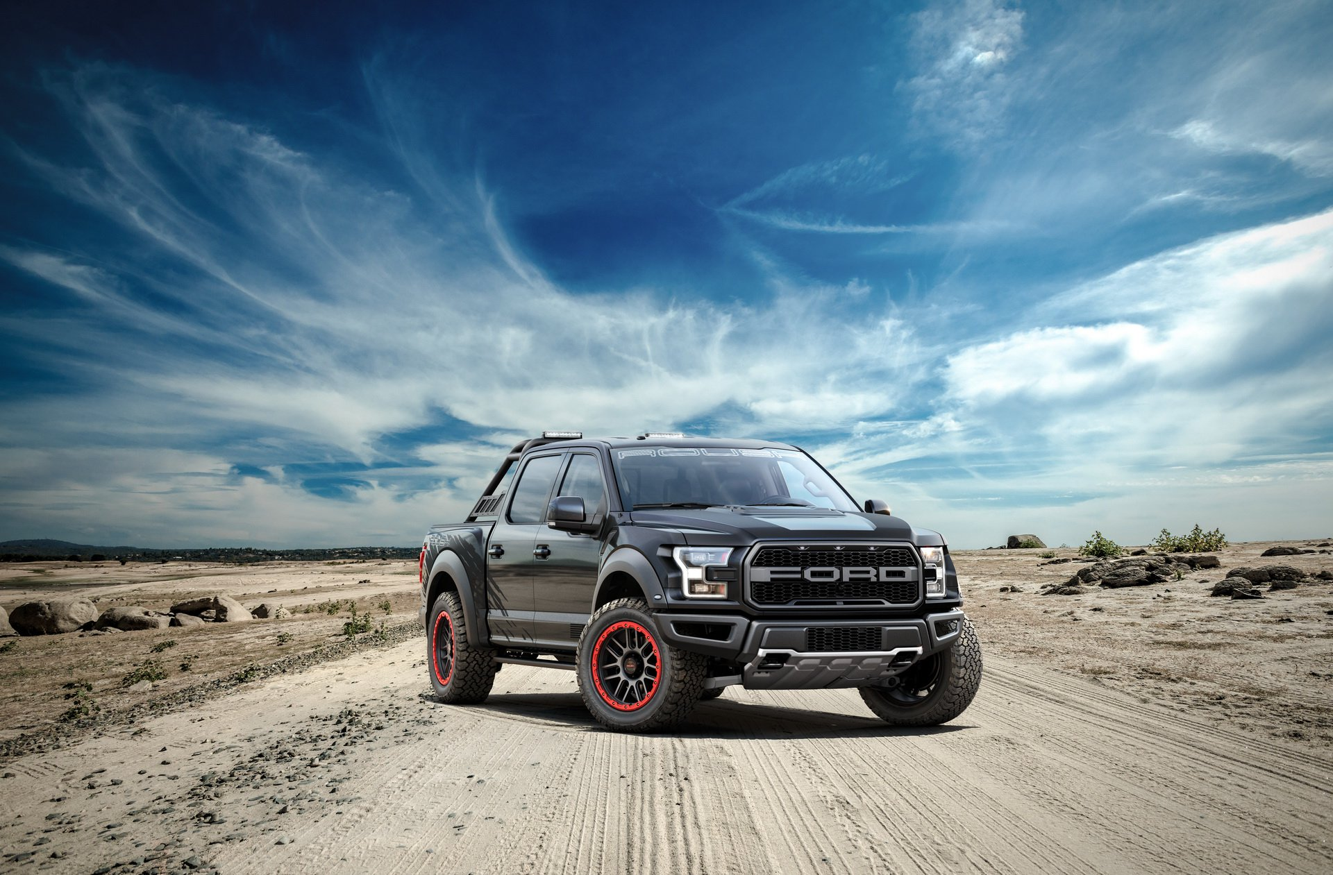 Name:  2019-roush-raptor-means-off-road-business-132715_1.jpg Views: 39 Size:  423.3 KB