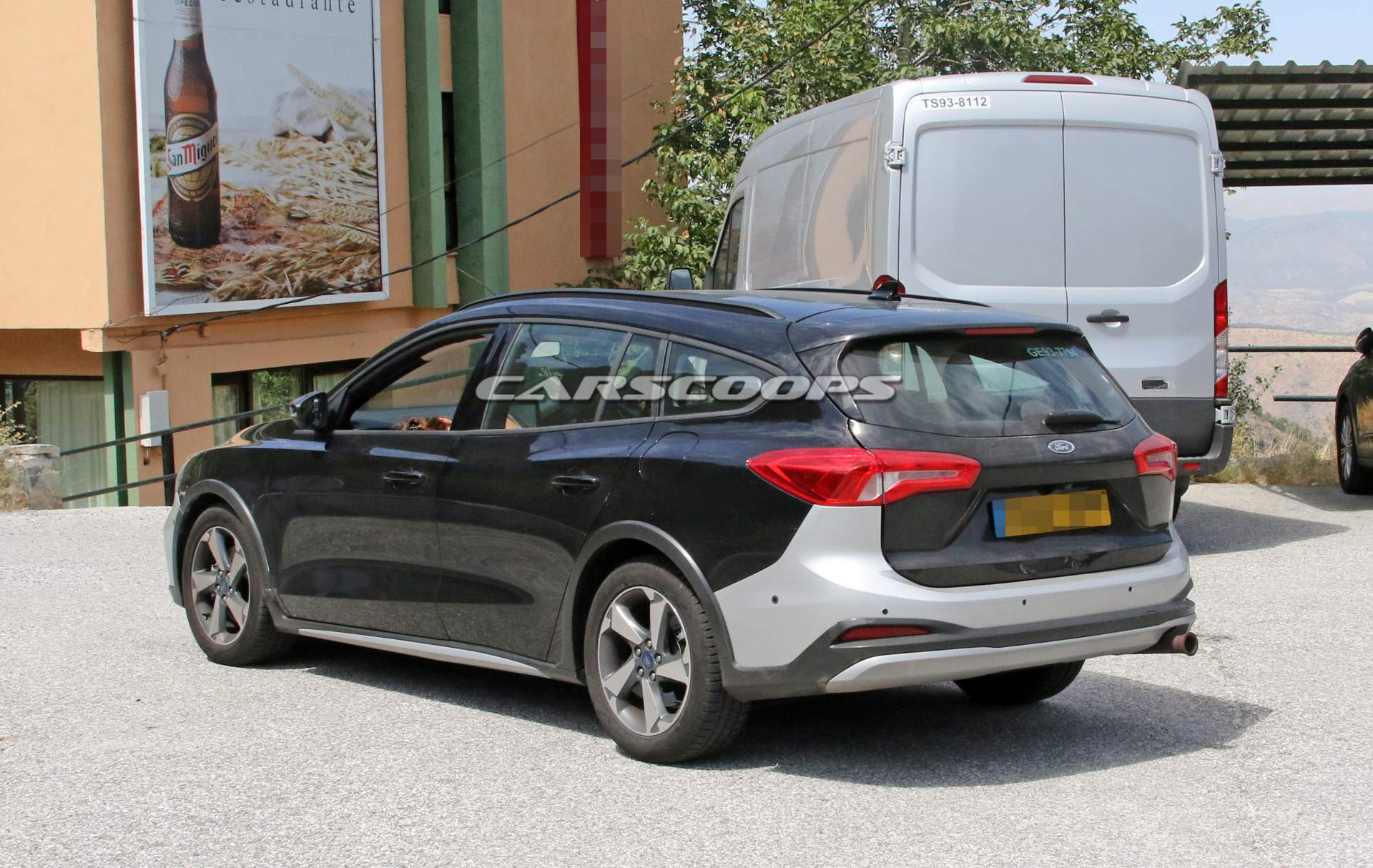 this is the ford focus active wagon we won t be getting in the us. Black Bedroom Furniture Sets. Home Design Ideas