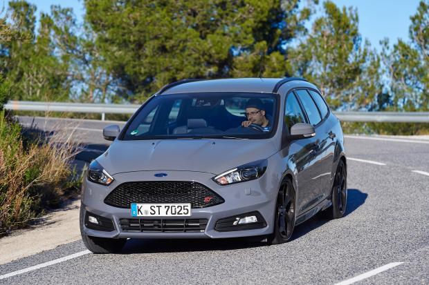 name 83jpg views 29999 size 607 kb - 2015 Ford Focus St Magnetic Metallic