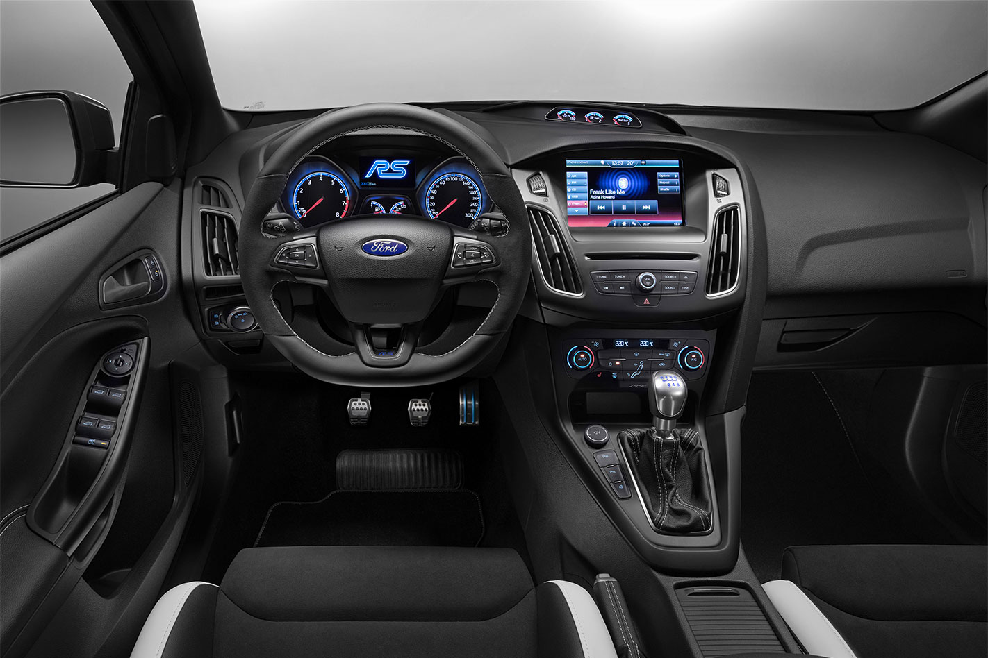 Name: ford-focus-rs-interior.jpg Views: 28333 Size: