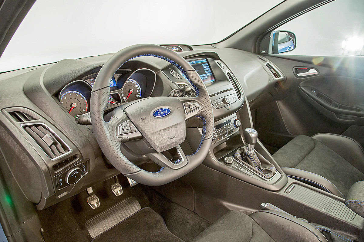 Name Ford Focus Rs Interior1 Jpg Views 23346 Size