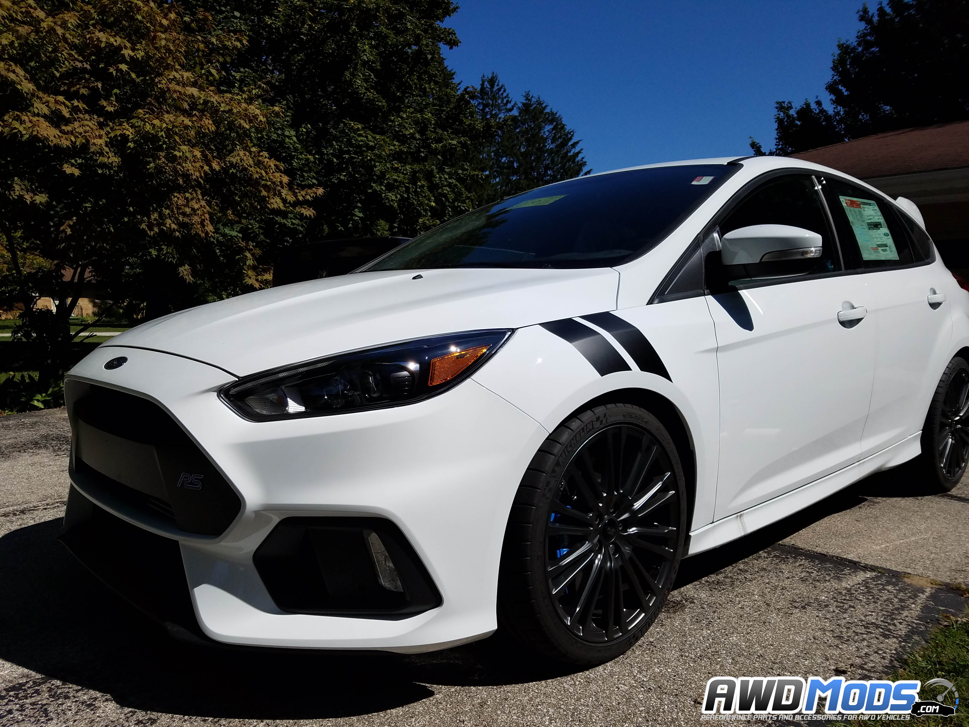 Name:  ford-focus-rs-st-fender-stripes-decals-revo-design-3.jpg Views: 814 Size:  1.09 MB