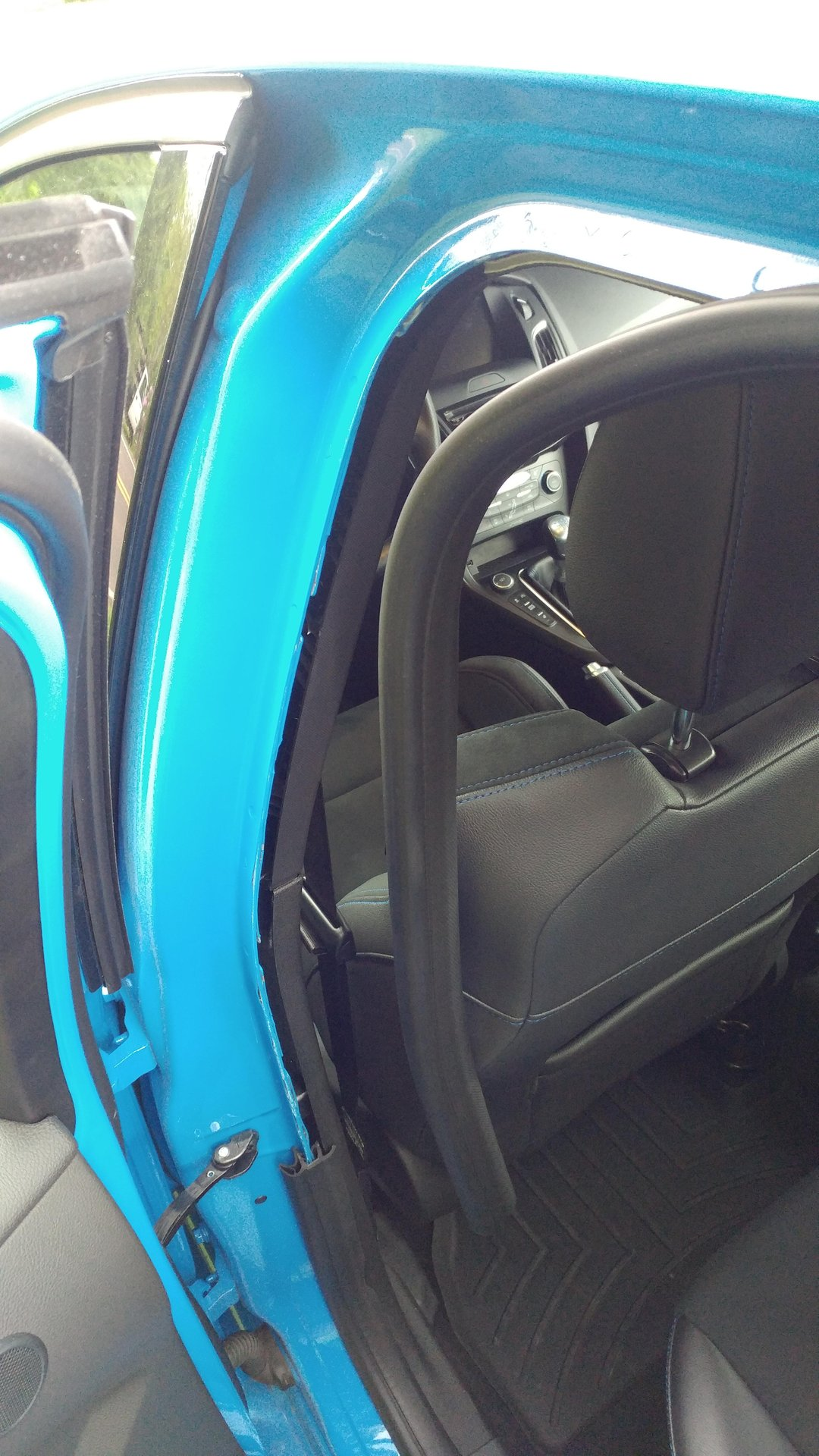 Seatbelt adjuster rattle (DIY fix) | Ford Focus RS Forum