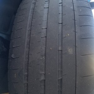 Inner side wall tire wear